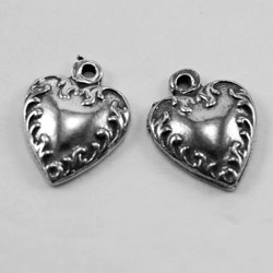 H14 - Pair Tiny Hearts