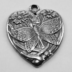 H19 - Butterfly Patterned Heart
